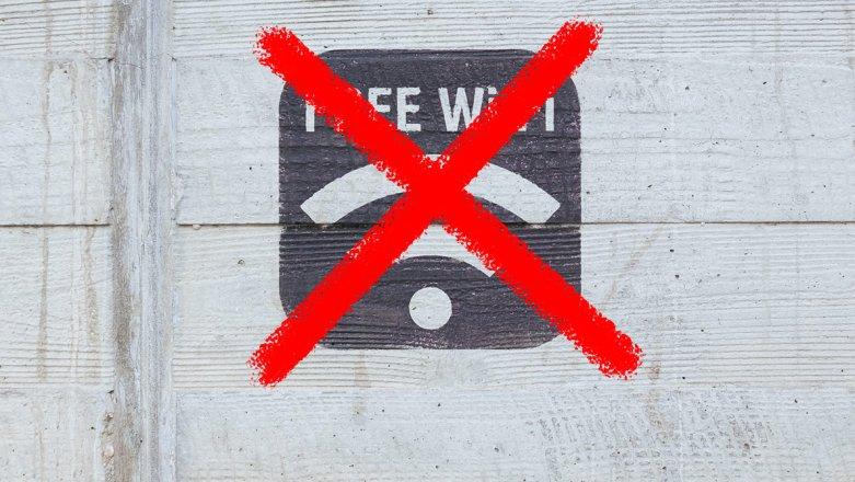 Zakaz udostępniania Wi-Fi w publicznych placówkach. Petycjązajmie sięSejm